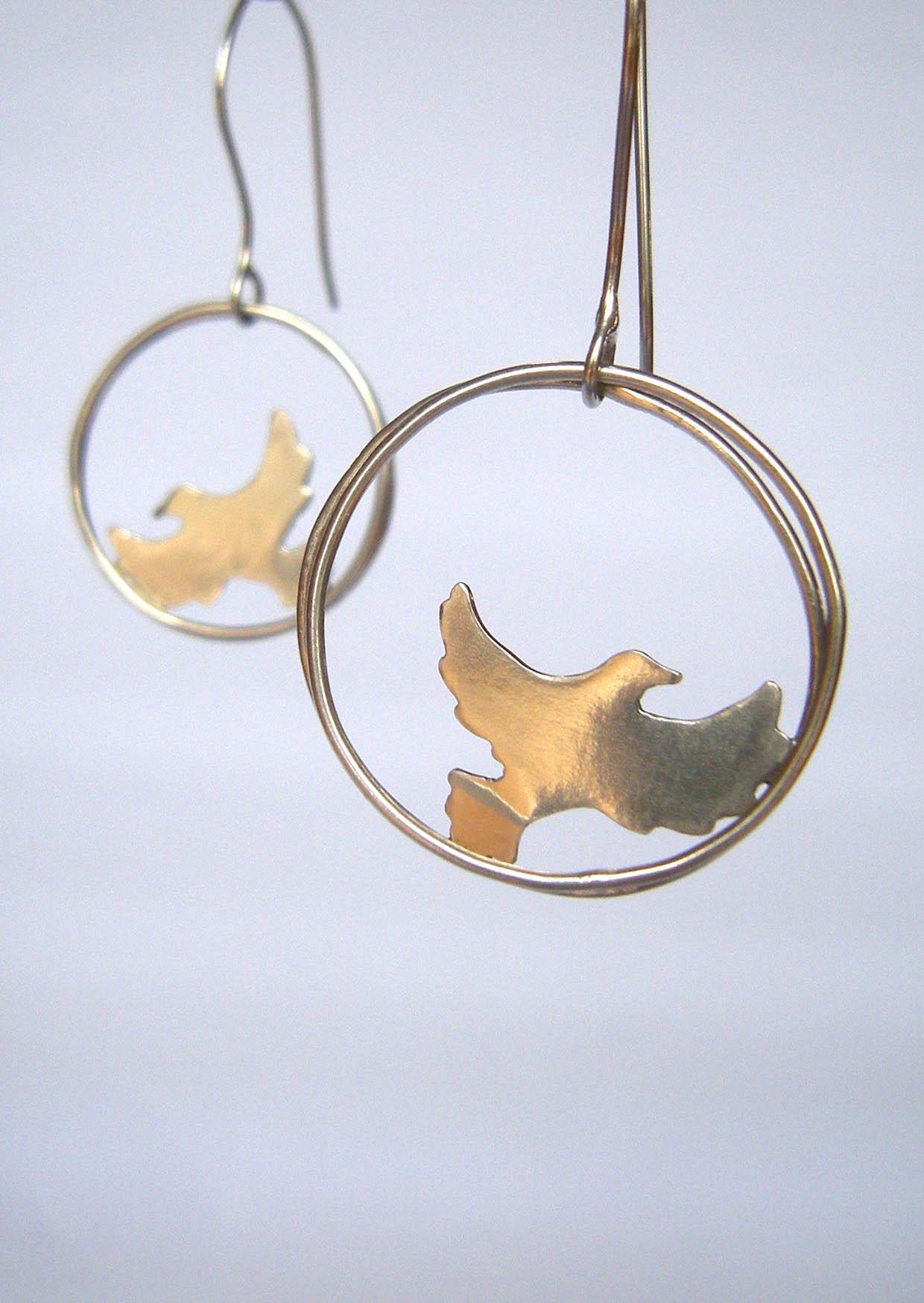 Robyn Kinsman Blake, Silver, Giffords Circus Dove Earrings
