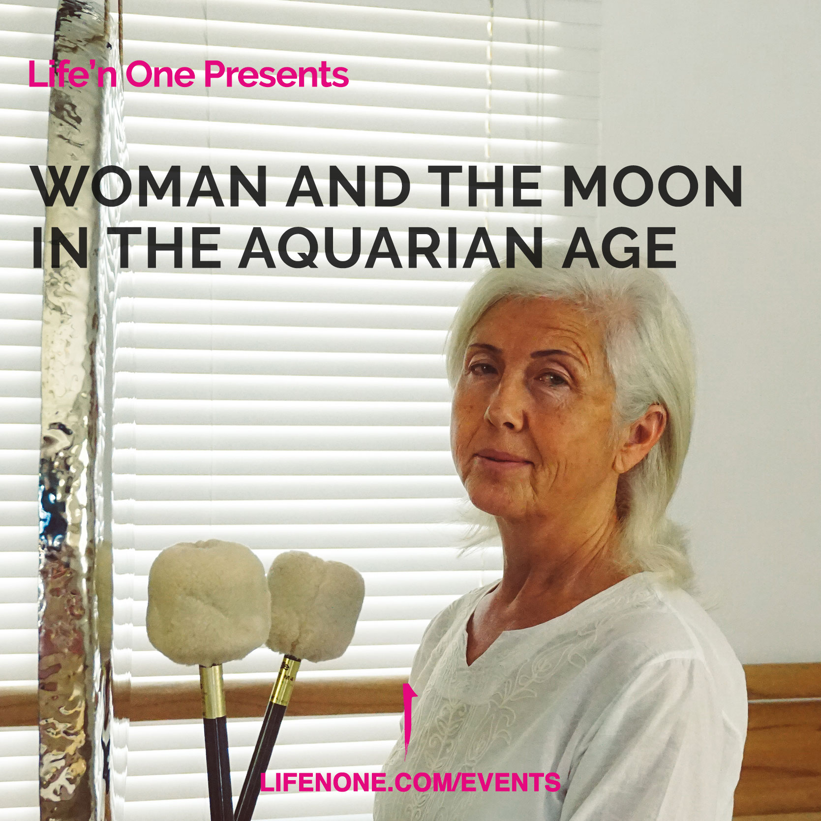 191109-woman-and-the-moon-in-the-aquarian-age.jpg