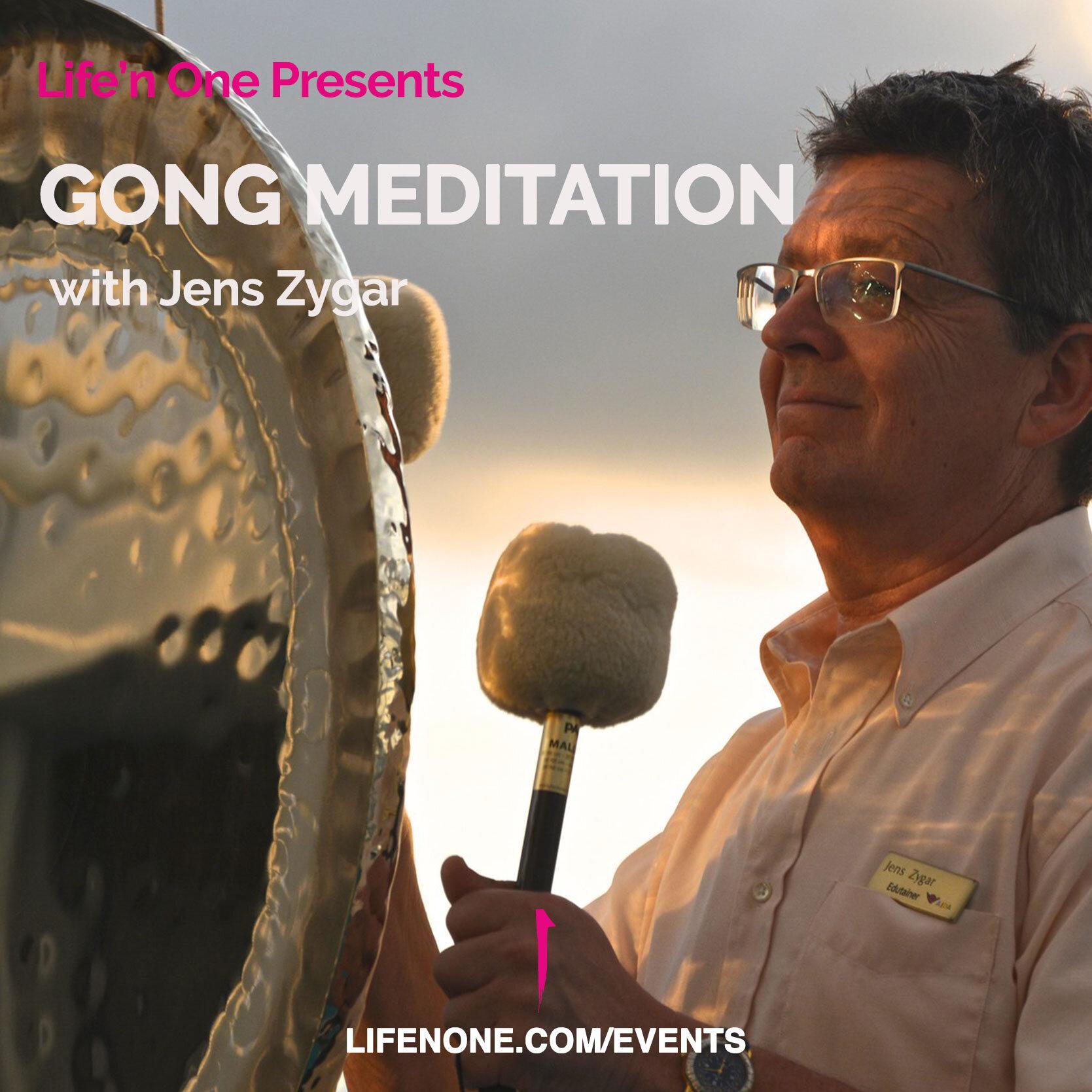 191101-gong-meditation-with-Jens.jpg