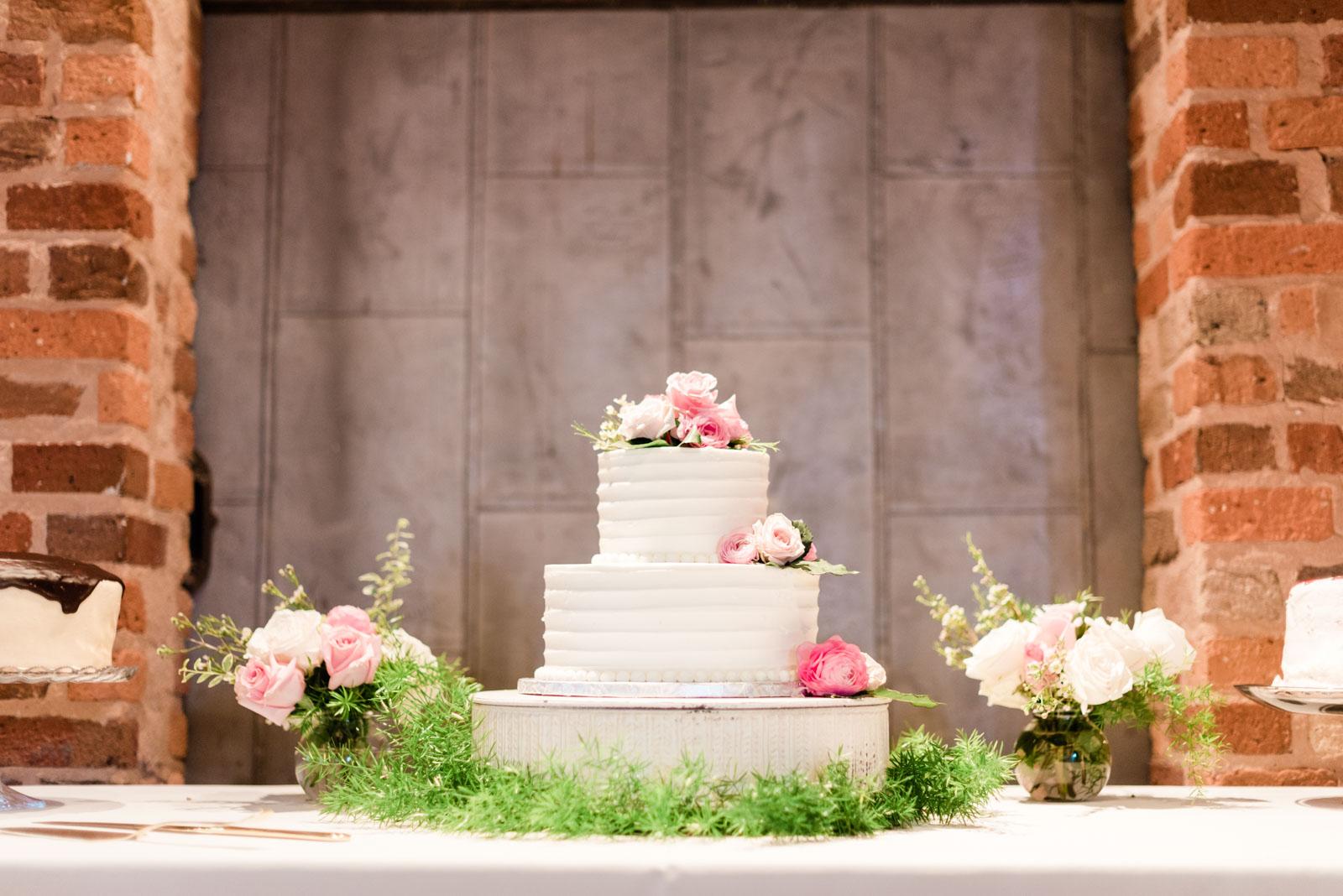 Hugenot Mill Greenville SC Wedding_Markie Walden Photography-50.jpg