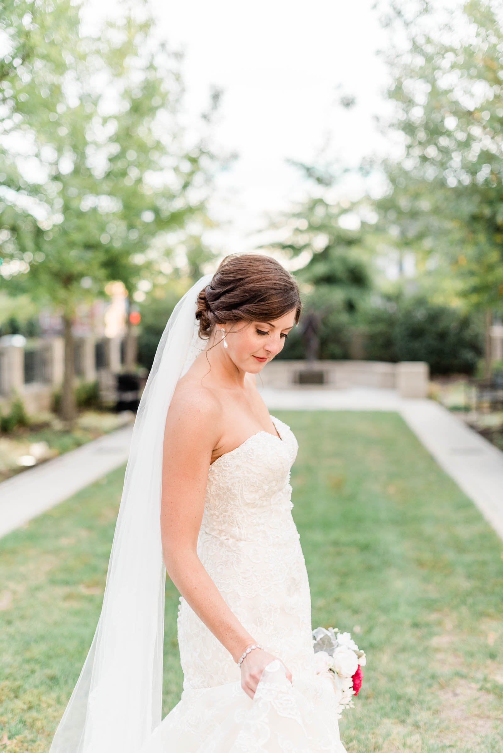 Downtown Greenville Bridals_Markie Walden Photo-12.jpg