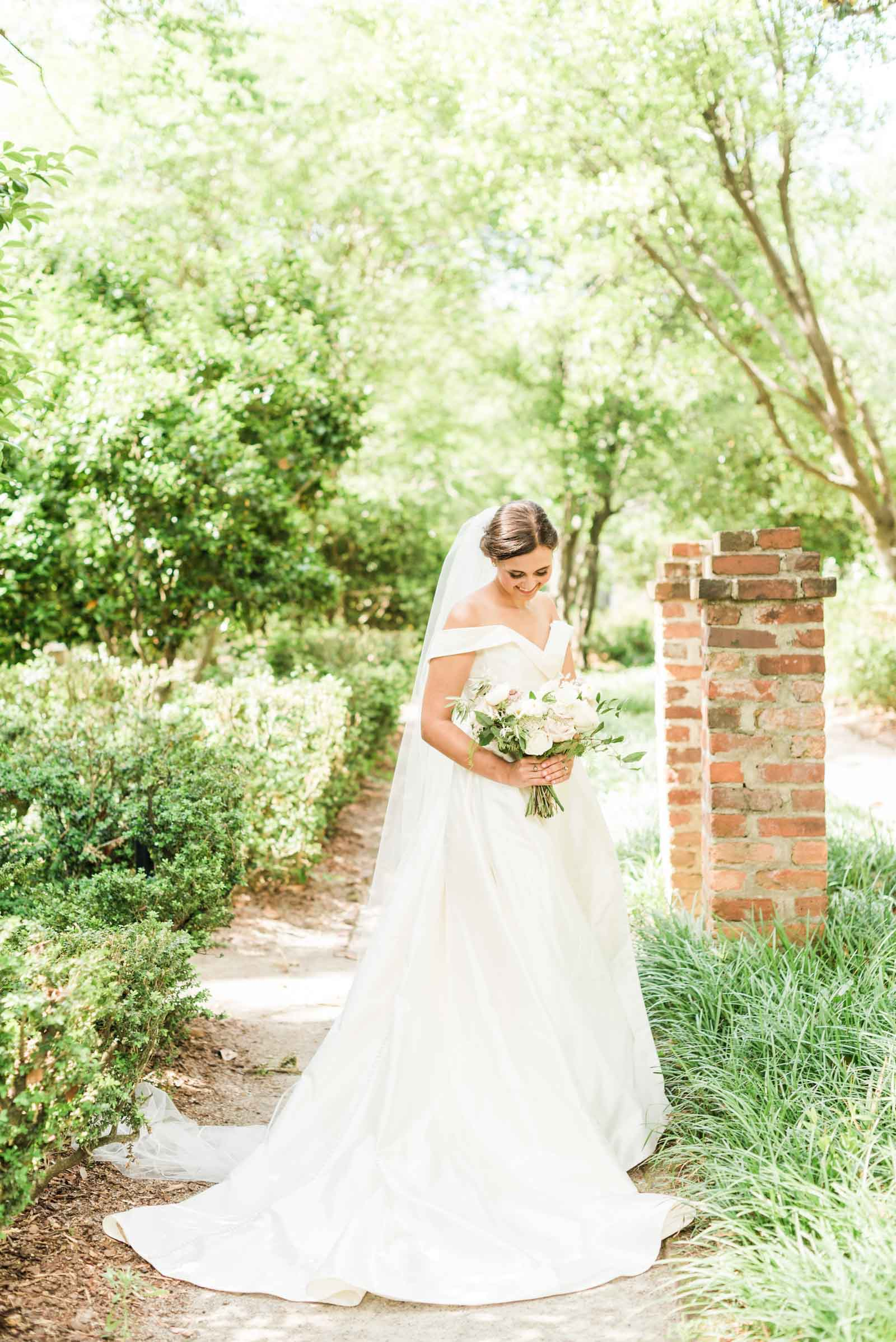 SC Lace House Bridal Session_Markie Walden Photography-11.jpg