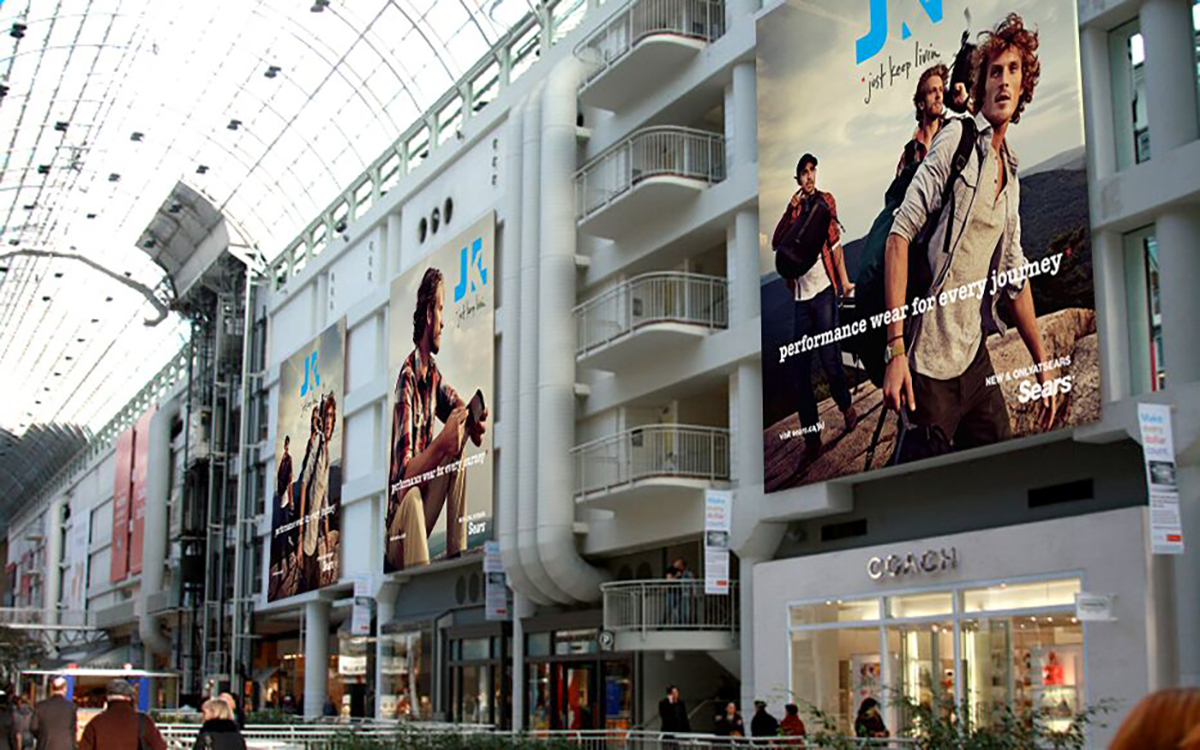 Indoor Advertising - Toronto Galleria