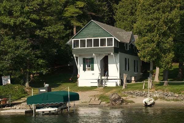 Willow Cabin, Lake Champlain