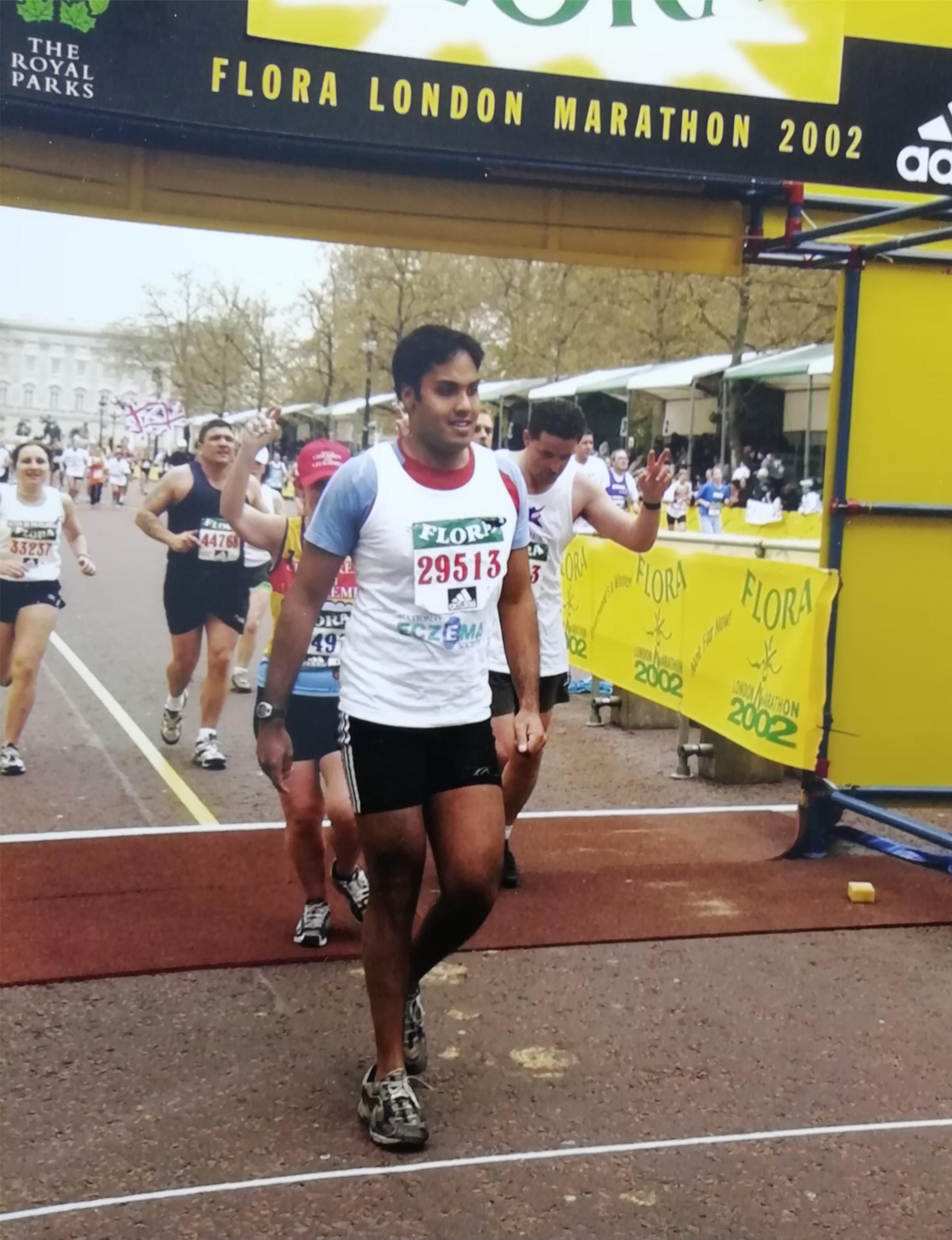 2002 London marathon.jpg