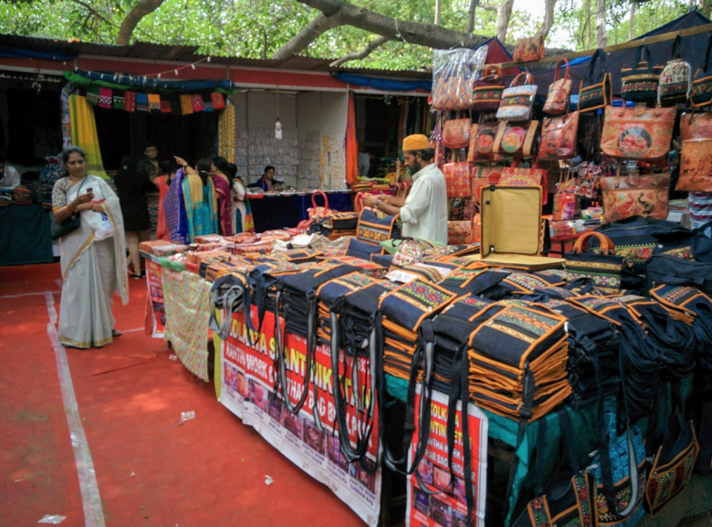 Karantaka Chitrakala Parishath- bazzar shopping at its best