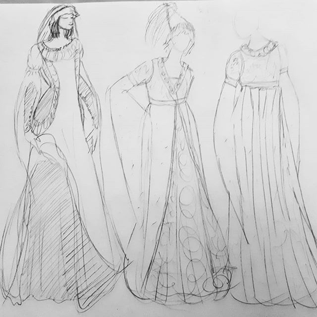 Quick sketches inspired by medieval fashion 🏰 | #costumedesign #cosplayersofinstagram #medieval #drawing #art #medievalcostume #sewing #historicalcostume