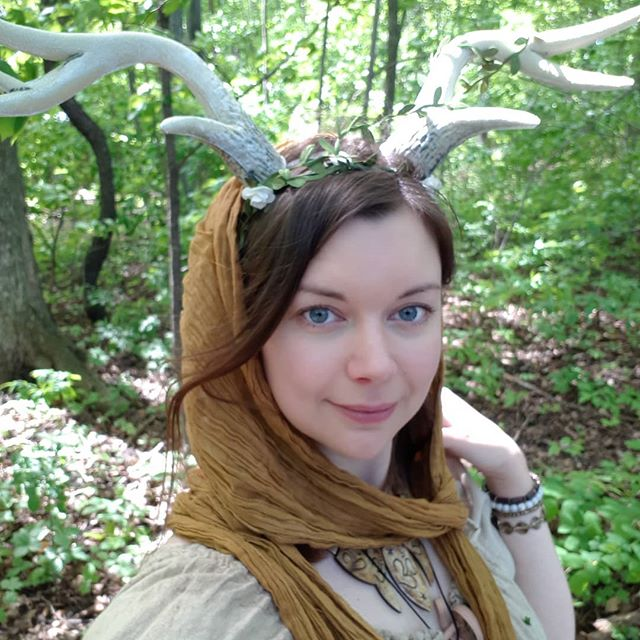 Selfie? More like selfae! Having fun at the Robin In The Hood medieval faire! 🧝‍♀️🧚🏻‍♀️