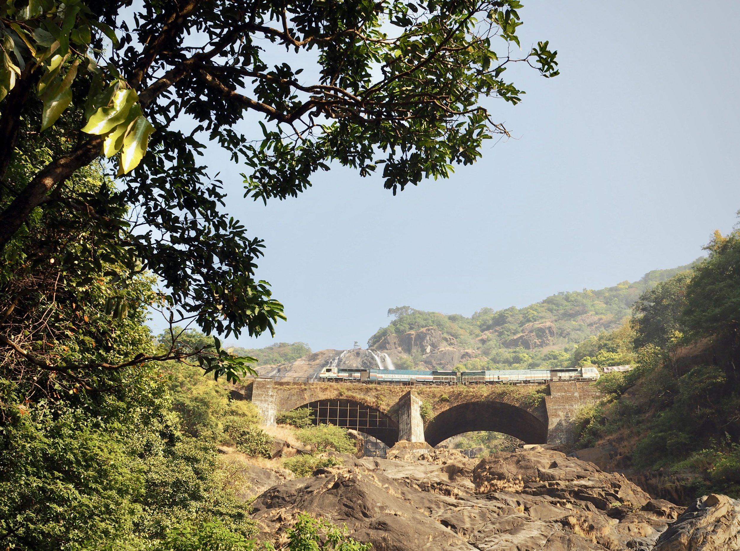 Dudhsagar Waterfall juna