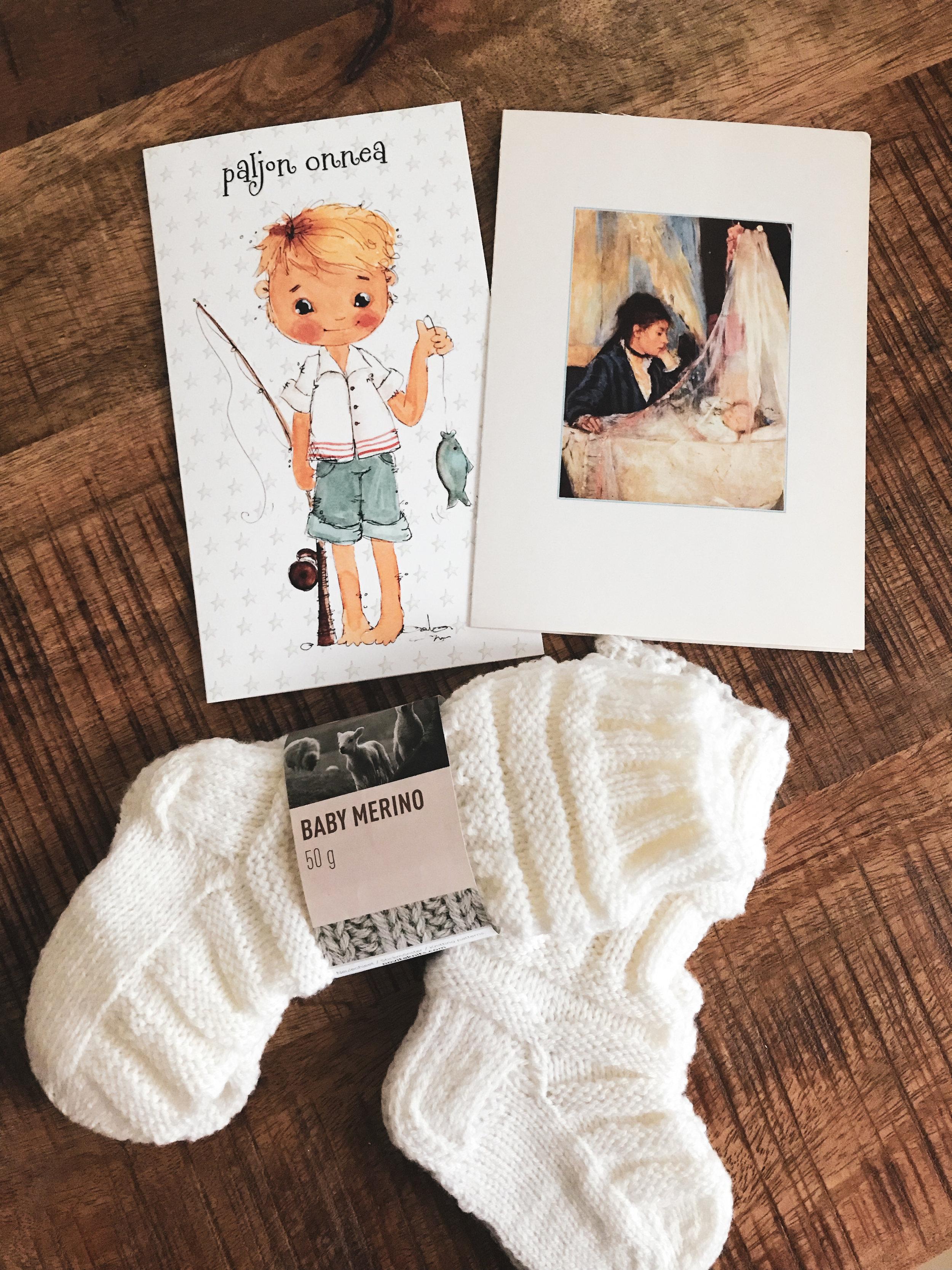 vauvakortit-ja-vauvan-sukat.jpg