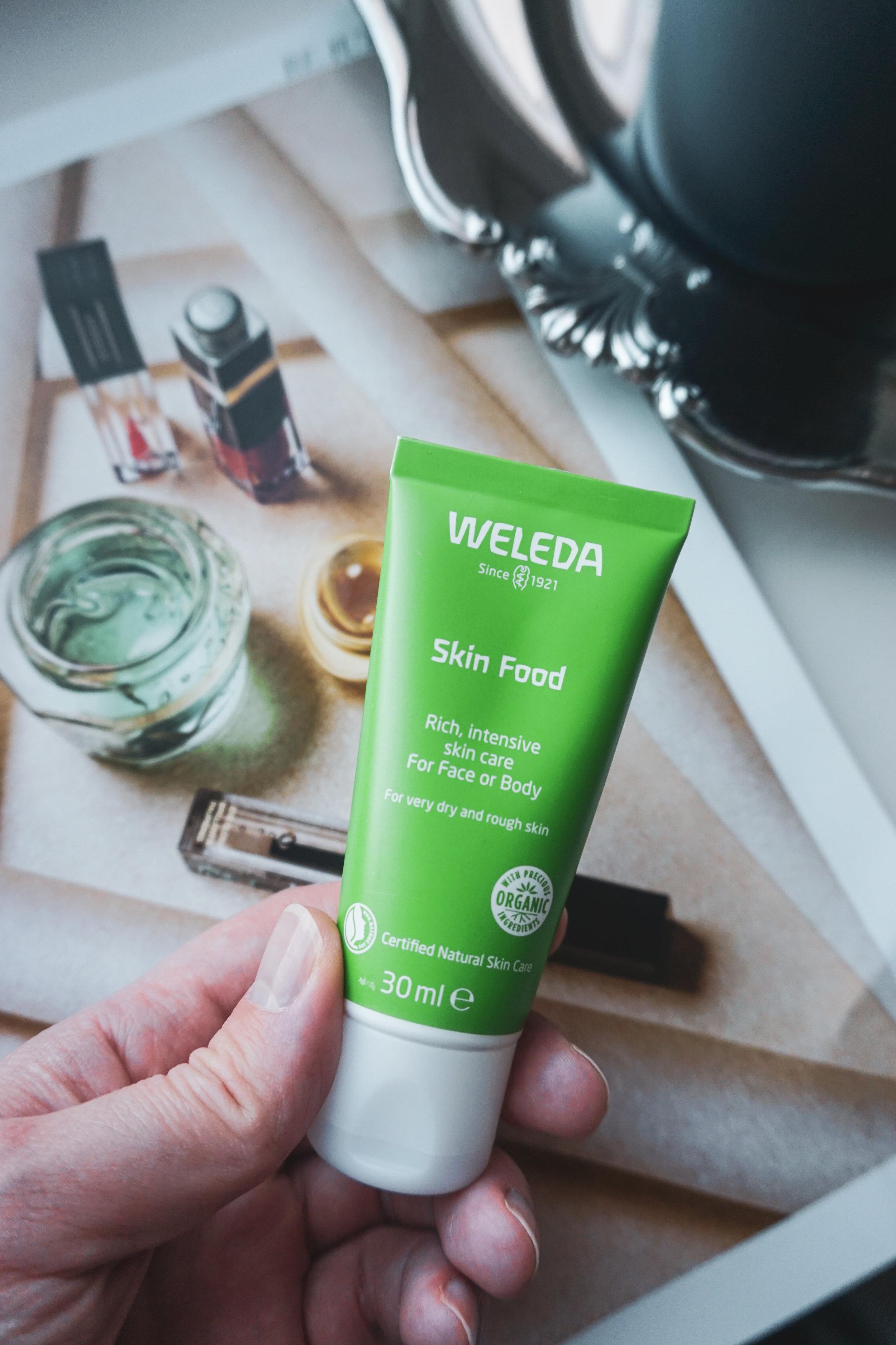 weleda-skin-food-käsivoide.jpg