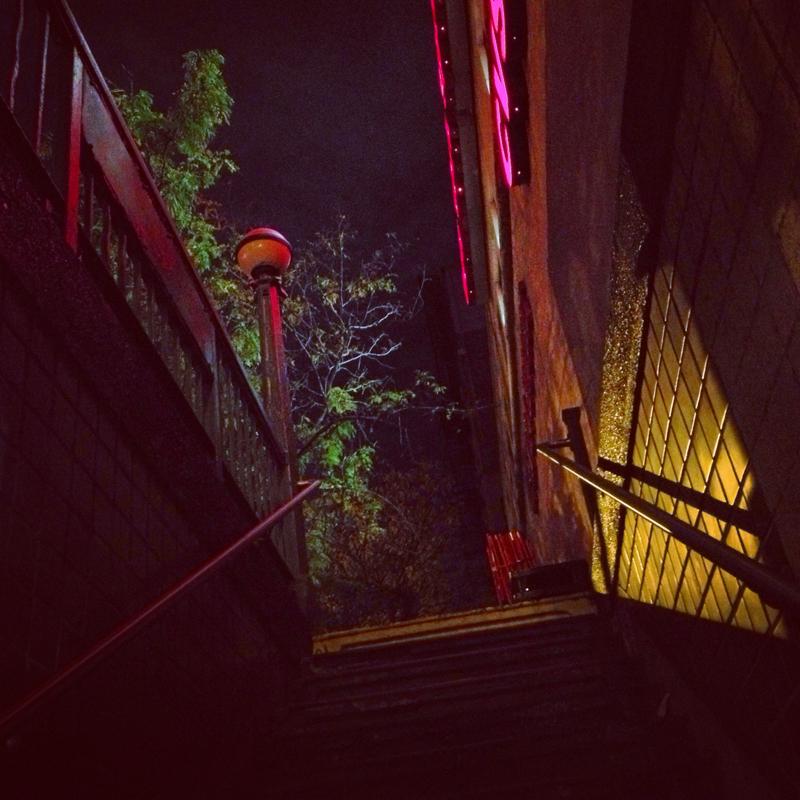 subwaynightstairsSZ.JPG