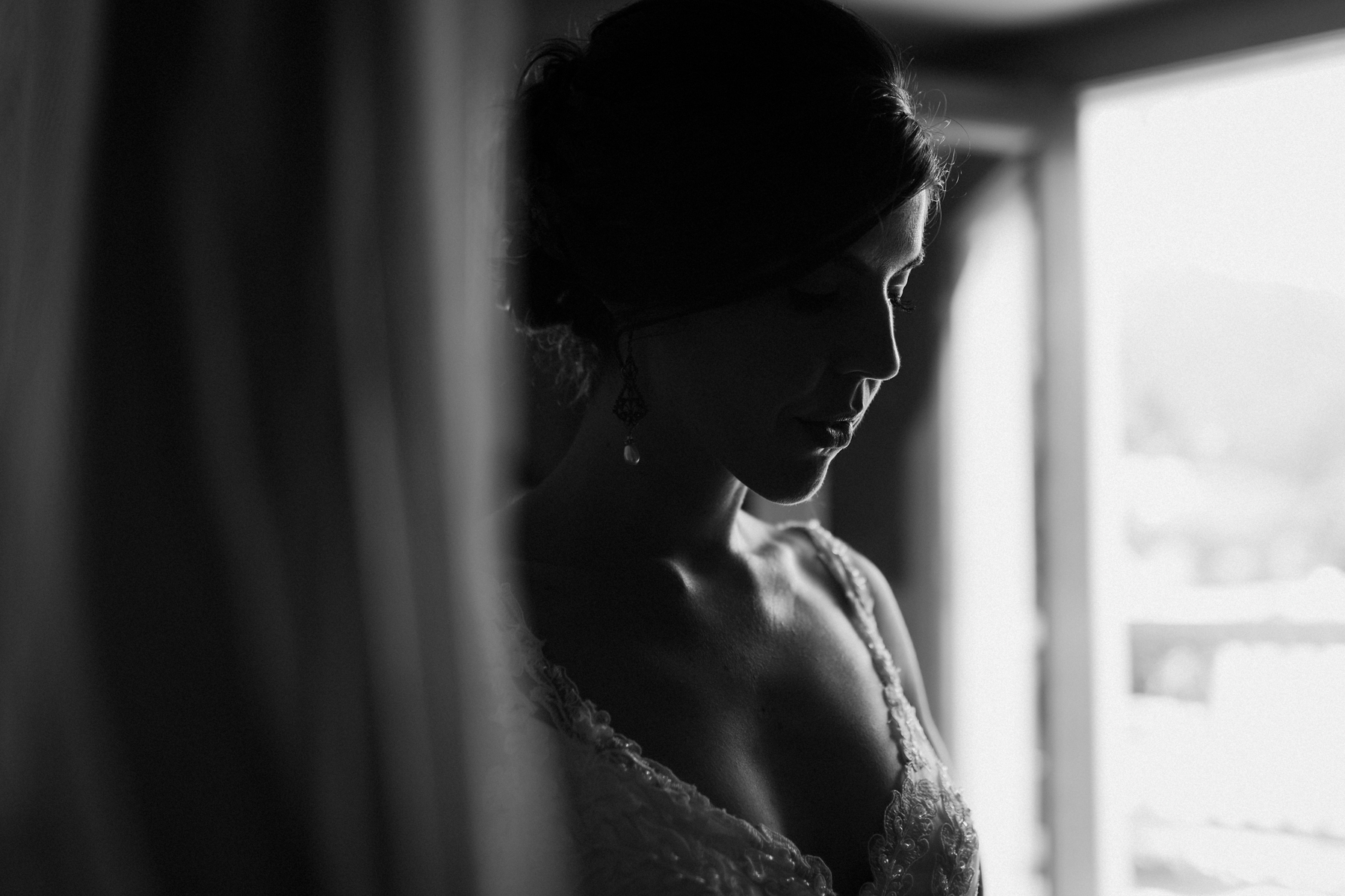 Bride getting ready at the big yellow house.