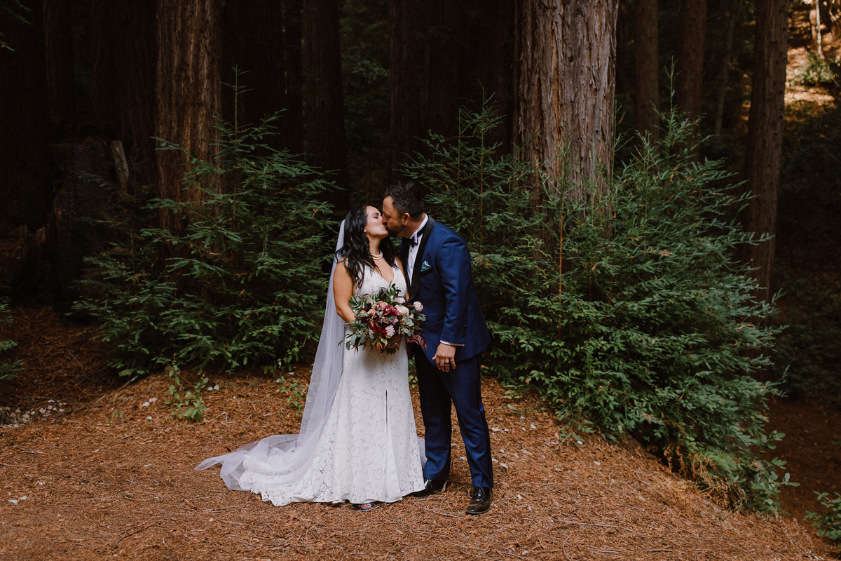 Water Fall Lodge Wedding