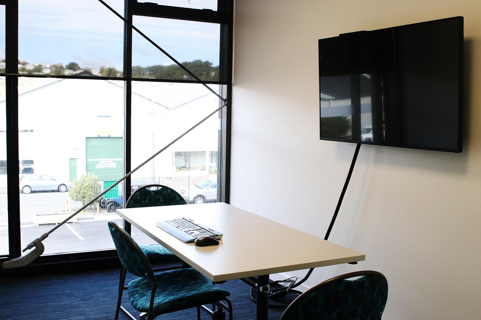 Miramar Creative - Meeting Room PR207