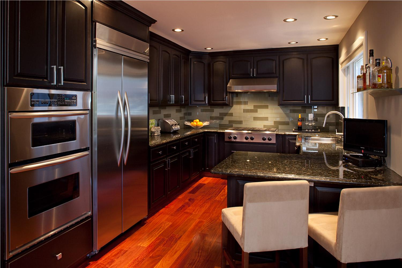 christian-kitchen.jpg