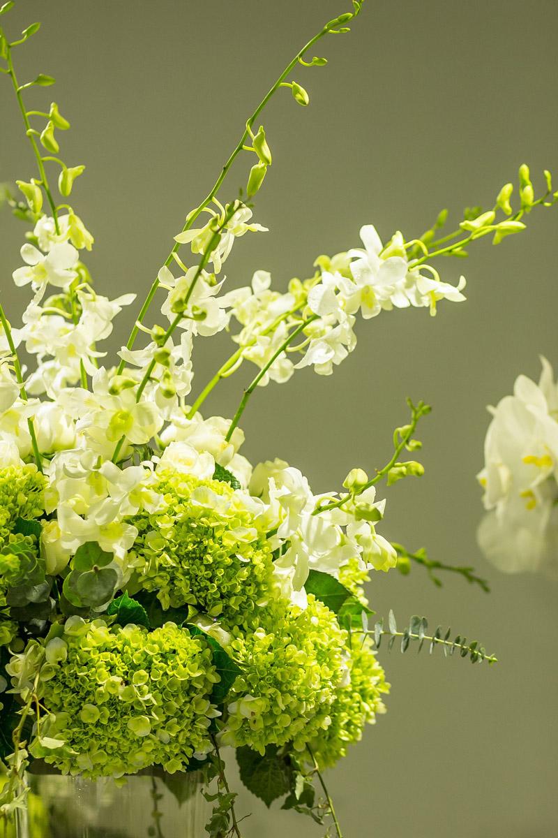 green-white-bouquet.jpg