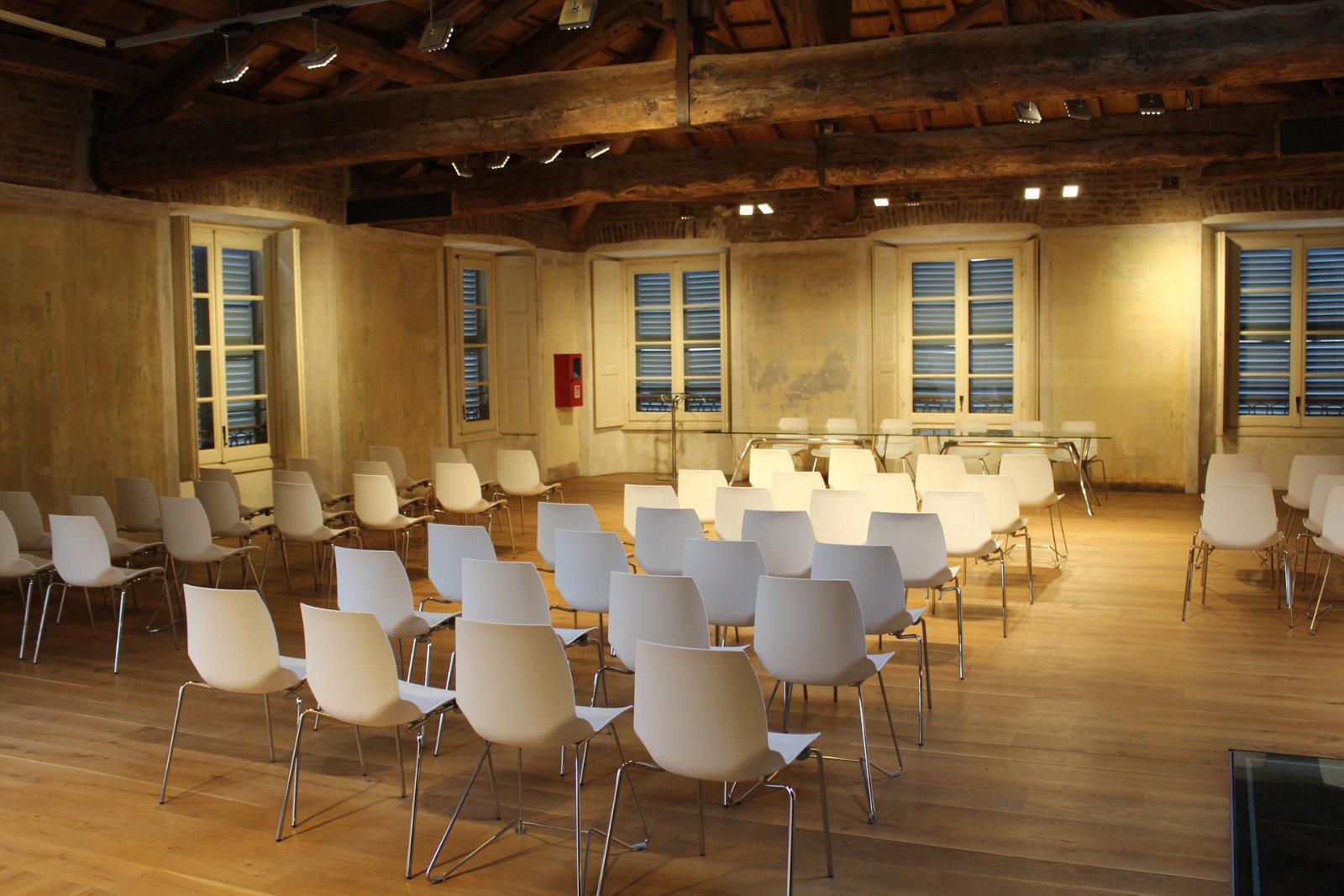 meeting-room-rustic-white.jpg