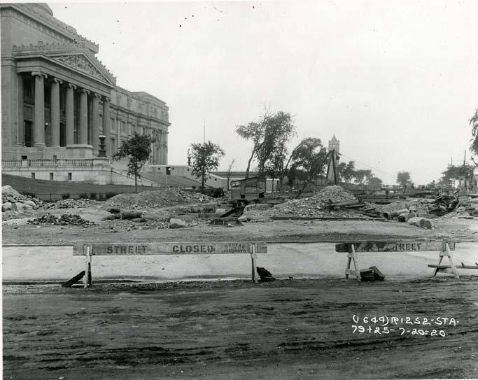 1920 Subway construction on Eastern Parkway by the Brooklyn Museum - Brooklyn Public Library Photo Collection