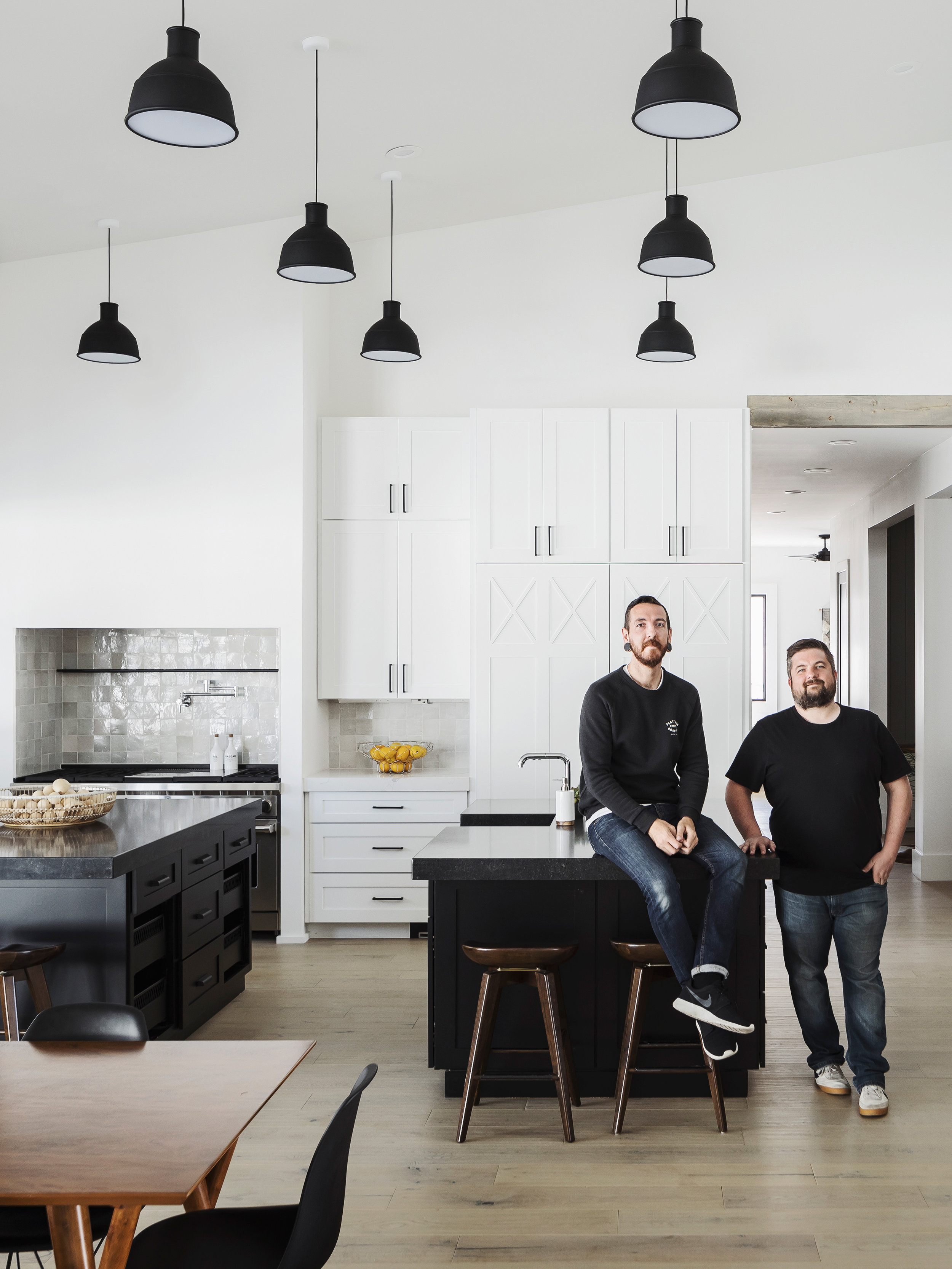 Jason Roehner+ Dan Ryan - live in the desert and photograph thoughtful architecture