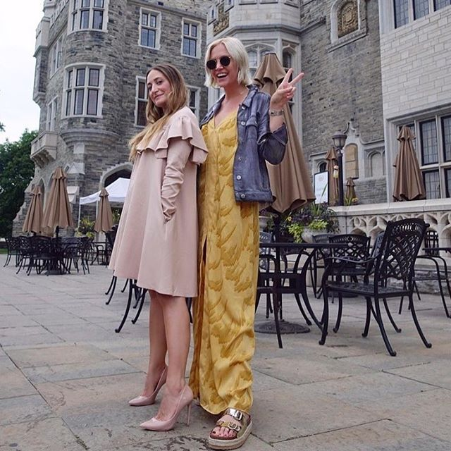 #TBT goes out to our fav @taliabrownstylist rocking @nonie.offcial at Casa Loma with the lovely @apoelise 🌸 🌹 🌺 🌼 🌻 🌷 ⠀ .⠀ .⠀ .⠀ #nonie #nonieofficial #travel #casaloma #pretty #canadianfashion #torontomade #wearcanada #wearcanadaproud #clientlove #throwback