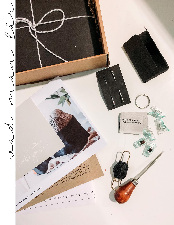 Makers MAil innehåller olika projekt och material varje gång (och allt är en överraskning ända tills du öppnar ditt paket!) - Varje box innehåller allt du behöver för säsongens projekt; material, verktyg, instruktioner & inspiration.Projekten är alltid utformade i en Skandinavisk, minimalistisk stil och instruktionerna är pedagogiska steg-för-steg instruktioner med tillhörande video. Materialet i boxen varierar, men varje gång får du allt för att kunna slutföra projektet.För det mesta behövs ändå t.ex. en sax och en penna, vilket jag räknar som ganska basic hushålls-verktyg och därför inte har med i boxen. Men allt annat finns färdigt!
