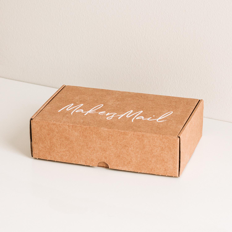 Köp Makers Mail 004 - Om du ännu inte är redo att bli prenumerant kan du välja att endast köpa den aktuella boxen.39 €Försäljningen öppnar näst den 4:e november.
