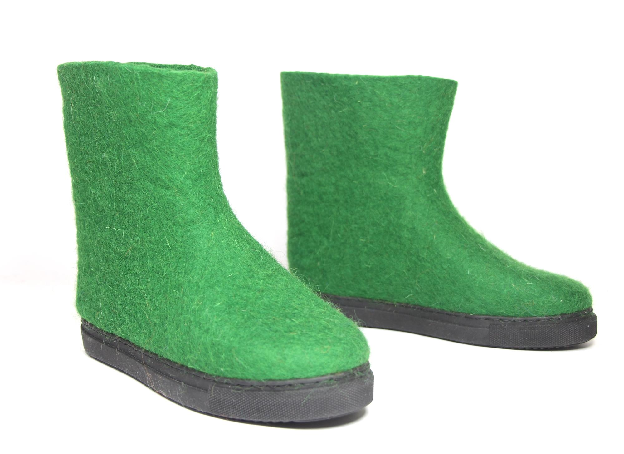 green tr.jpg