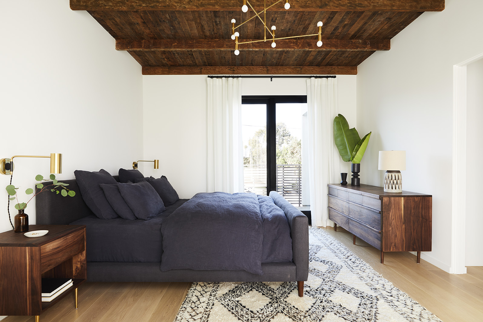 Jette_Rialto_Bedroom_Master_013.jpg