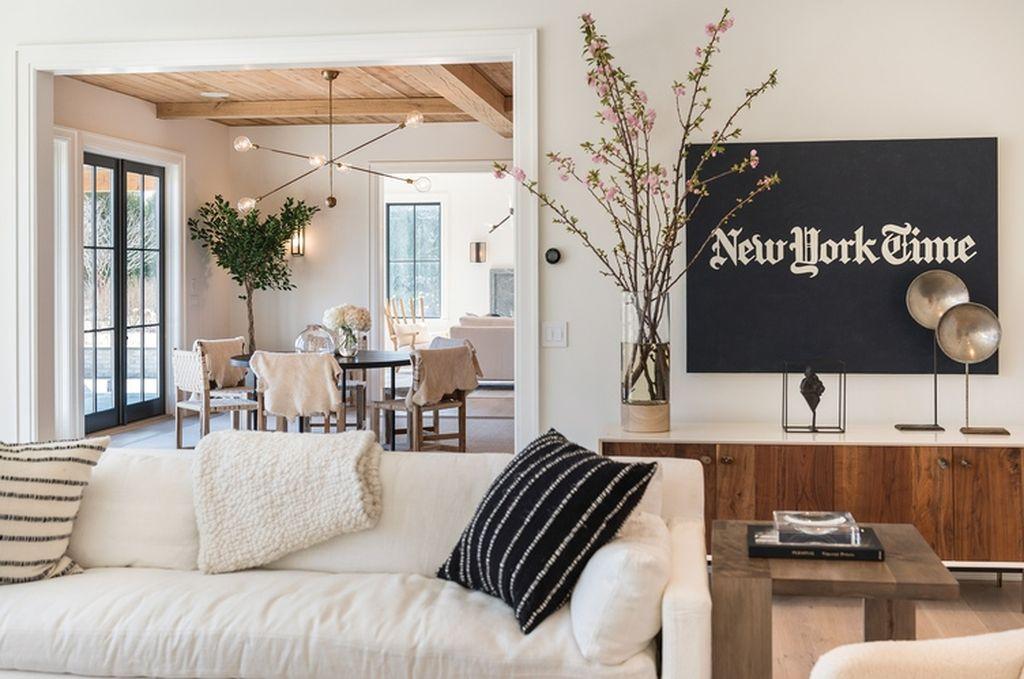 Beach Pretty House Tour:  Tamara Magel's House in the Hamptons