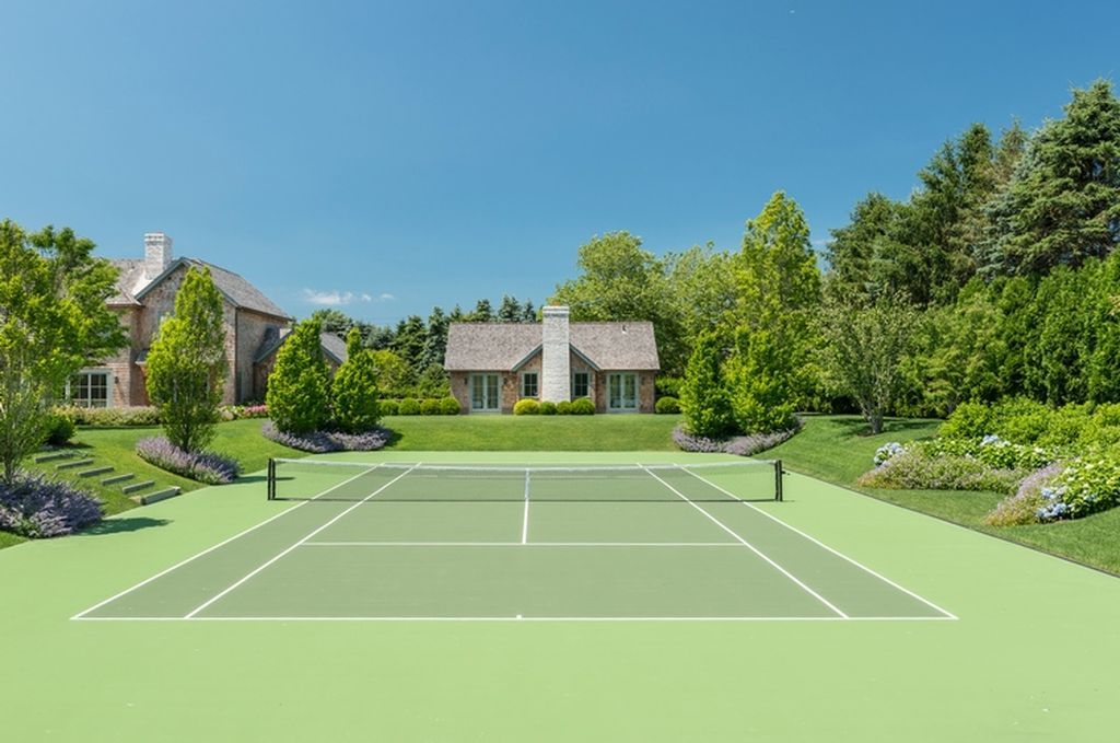 Beach Pretty House Tours:  Tennis Courts
