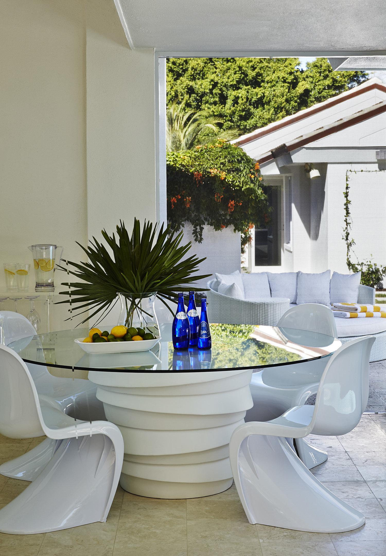 All White Modern Florida House Tour 12.jpg