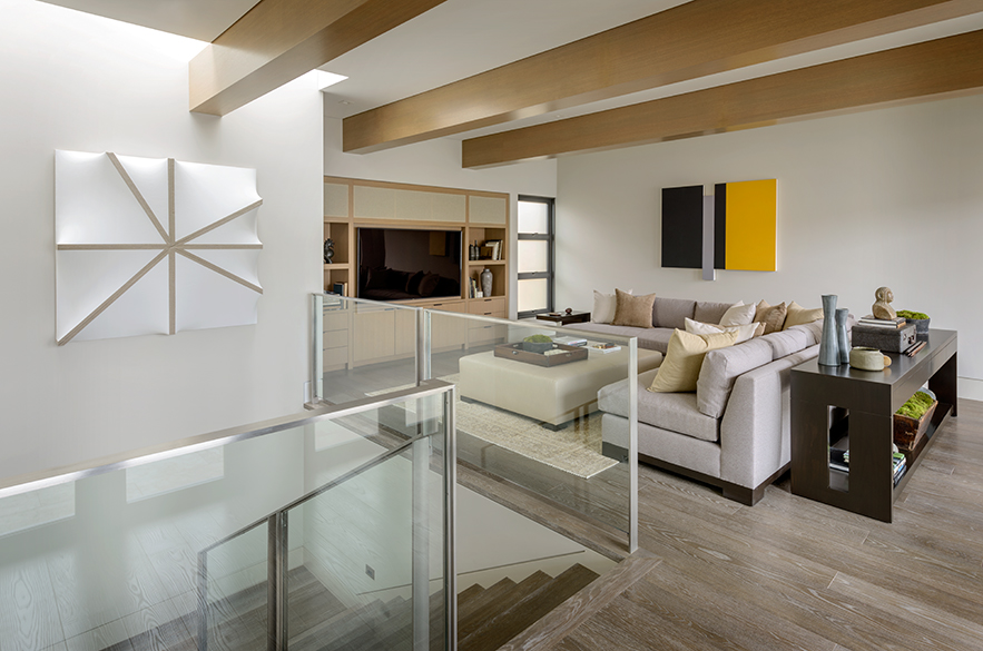 Beach Pretty-Newport Beach Cali House Tour 14.jpg