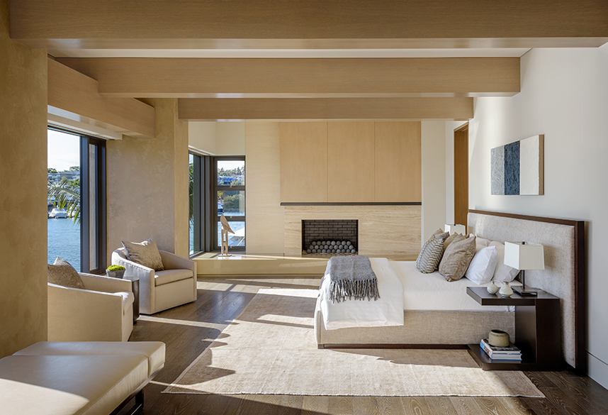 Beach Pretty-Newport Beach Cali House Tour 17.jpg