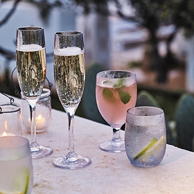 5. - Perfect for picnics and outdoor dining and garden parties, this premium wine glass is made from robust polycarbonate that looks incredibly glass-like. Shop