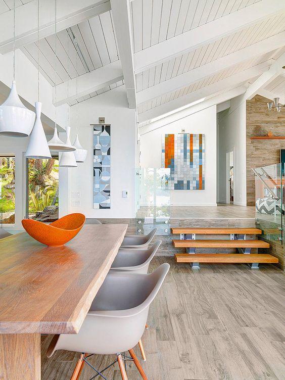 Beach Pretty House Tours-Enjoy This Perfect Beach House on Canada's Pender Island 14.jpg