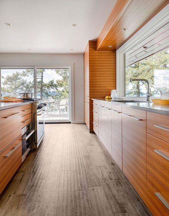 Beach Pretty House Tours-Enjoy This Perfect Beach House on Canada's Pender Island 12.jpg