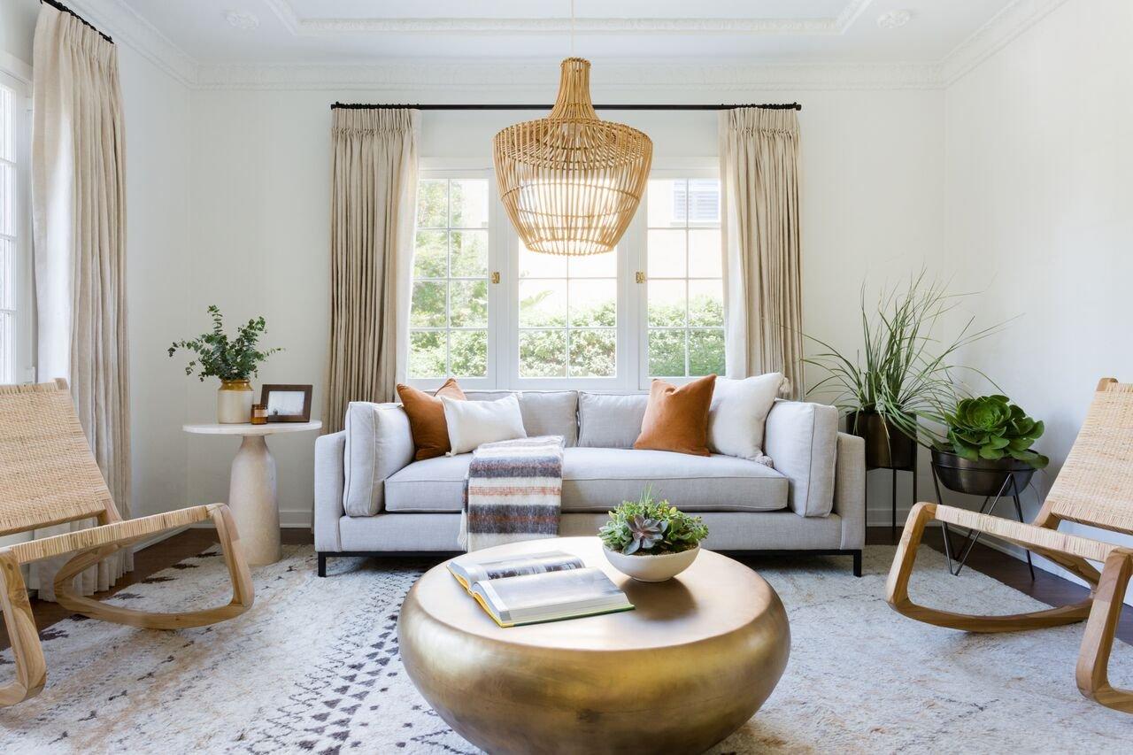 Beach Pretty House Style-Similar Living Room.jpg