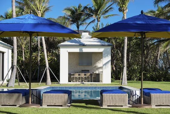 Beach Pretty House Tours-Palm Beach Estate Picked For Country Music Video 7.jpg