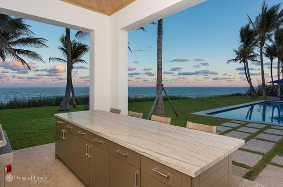 Beach House Pretty House Tours-Palm Beach Estate Picked For Country Video 21.jpg