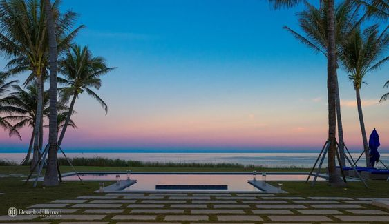 Beach House Pretty House Tours-Palm Beach Estate Picked For Country Video 16.jpg
