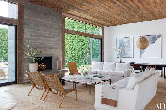 White Couch|Fashion Designer's House