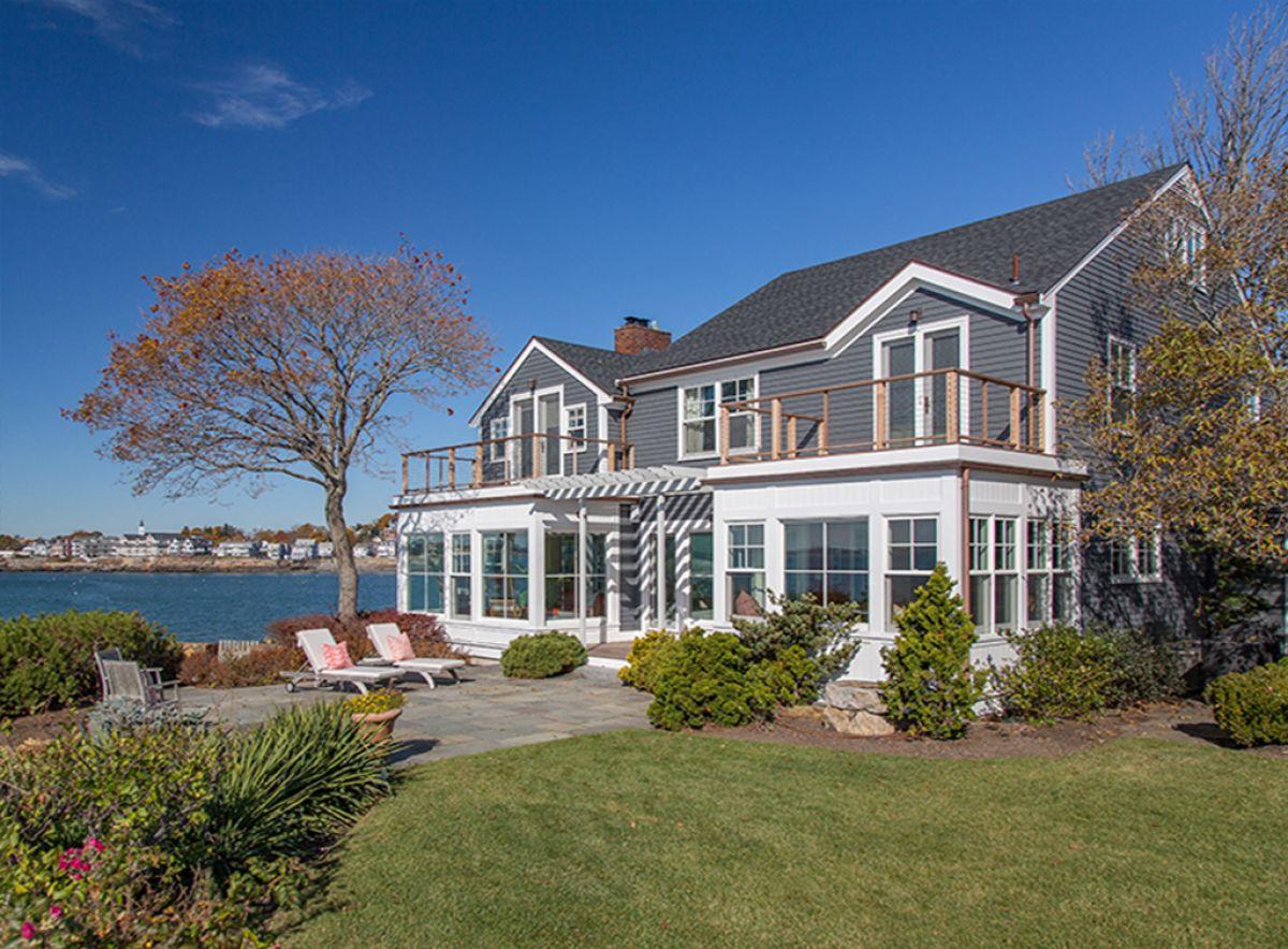 Beach House with a View 1.jpg
