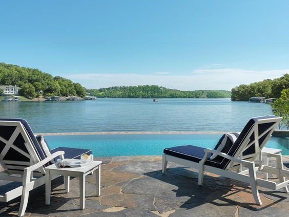 As I said, the star of the show is the infinity pool and the lake…