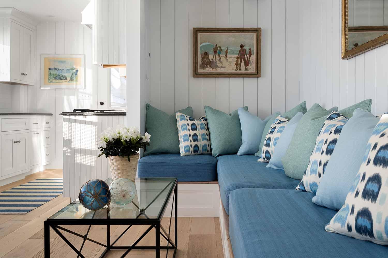 Dream House-A Modern Coveside Cottage 16.jpg