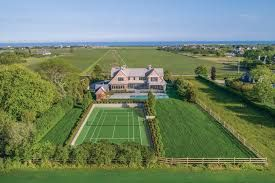 Breath Taking Beach House in the Hamptons 1.jpg