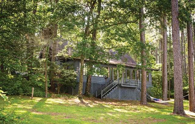 Three Beautiful Lakeside Cabins 56.jpg