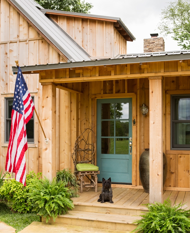 An All American Lakeside Cabin..the Cutest Puppy Guarding the Cabin. :)