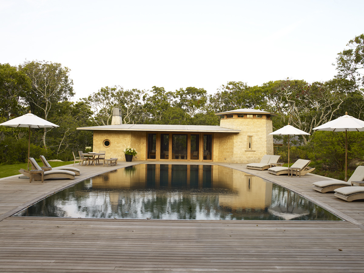 House Tours-Be Inspired by These Two Flawless Beach Houses 31.jpg