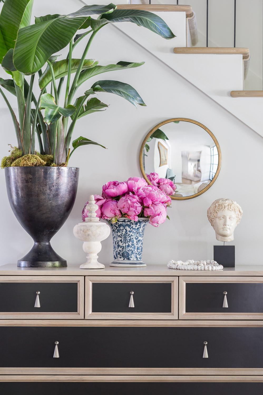 This Designer Created a Bainbridge Island Home with Beautiful Timeless Sophistication 3.jpg
